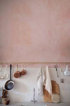 cuisine, peinture ,le rose dans nos intérieurs ,sur les murs, en décorations, en objets