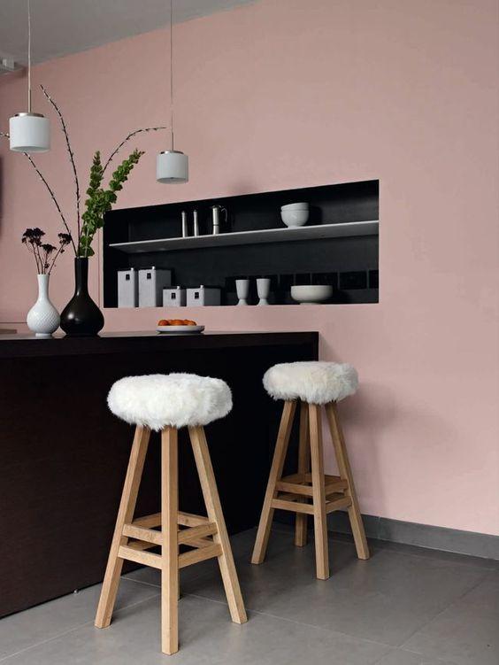 cuisine, mur peint ,le rose dans nos intérieurs ,sur les murs, en décorations, en objets