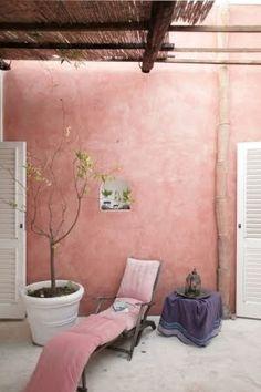 extèrieur rose, le rose dans nos intérieurs ,sur les murs, en décorations, en objets